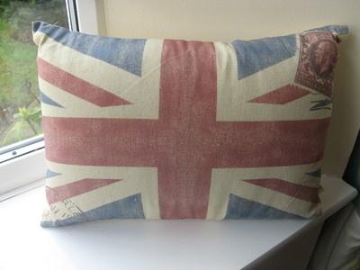 Union Jack Cushions from @Sinceritygifts #diamondjubilee