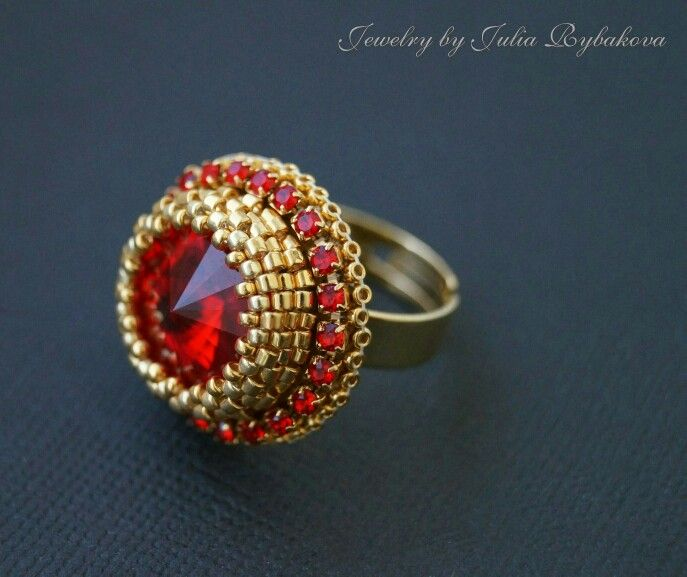 Beaded ring, red ring, Rybakova Julia, beaded jewelry, beadwork, golden ring, ring with Swarovski ulia.info