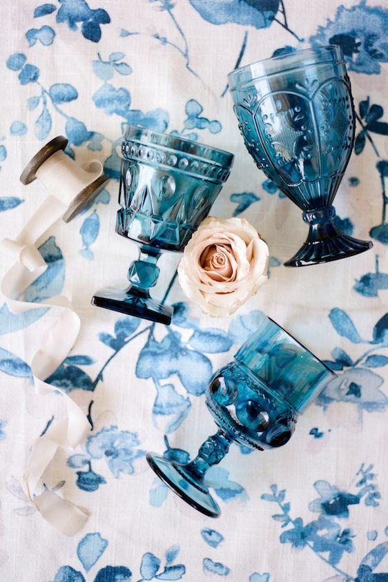 La Tavola Fine Linen Rental: Harper Blue   Photography: Anna Delores Photography, Coordination & Design: HoneyFitz Events, Floral Design: Lark Farnum, Venue: The Langham Huntington, Rentals: Pretty Vintage Rentals