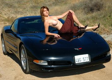 hot naked chicks with muscle cars