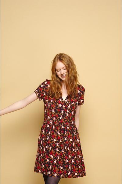 women hot selling Pomegranate pear printing mini dress spring new vintage V neck mini dress short sleeve dress 11
