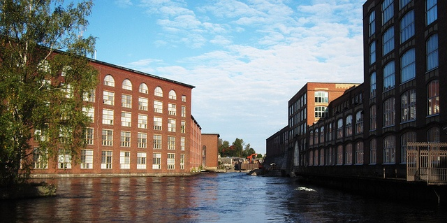 Old factories  On the left, Finlayson factory, on the right Tampella.  Finlayson was a textile factory, luckily there are still Finlayson textiles, and factory store in Tampere... but factory itself is in another use nowadays. (Museums, cafes, restaurants, etc)    Tampella was linen factory, and also mainly they produced iron and steel machines etc..  Nowadays factory buildings are mostly in museum use.