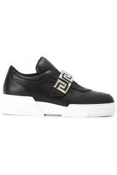 Versace Greca strap low-top sneakers https://modasto.com/versace/kadin-ayakkabi/br1215ct13 #modasto #giyim