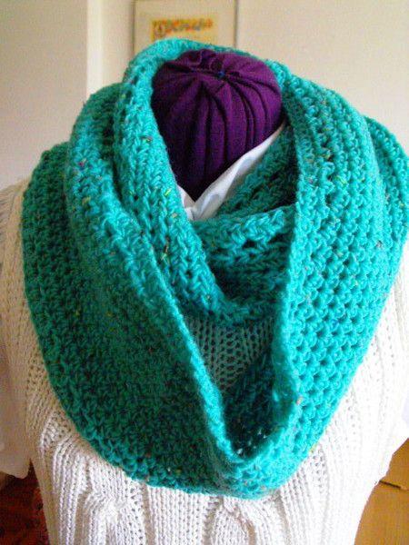 Sciarpe - Sciarpa a cerchio in misto lana turchese - un prodotto unico di…