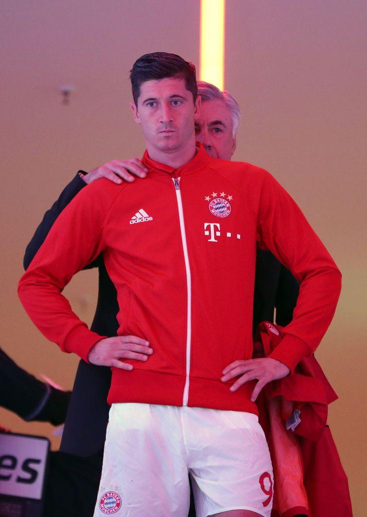 Ancelotti and Lewandowski.