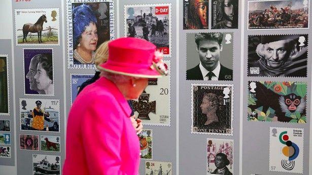1. Il custode dei francobolli  - Questa carica è stata istituita nel 1890 e dal 2003 è affidata al collezionista Michael Sefi, che ha il compito di custodire e conservare al meglio la preziosa collezione di francobolli che la regina ha ereditato da re Giorgio V, un vero e proprio appassionato di affrancature.