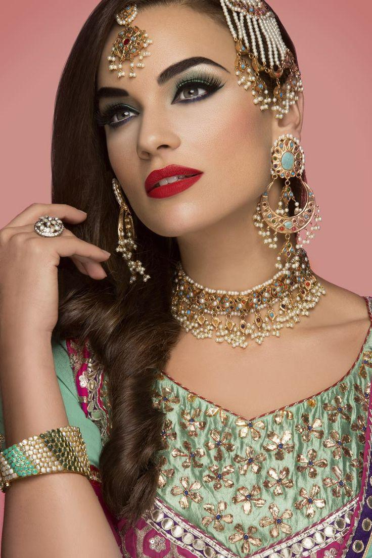 Exotic fashion jewelry - 10339388_10152435047329194_1971178472385750458_o Jpg 800 1 200 Pixels