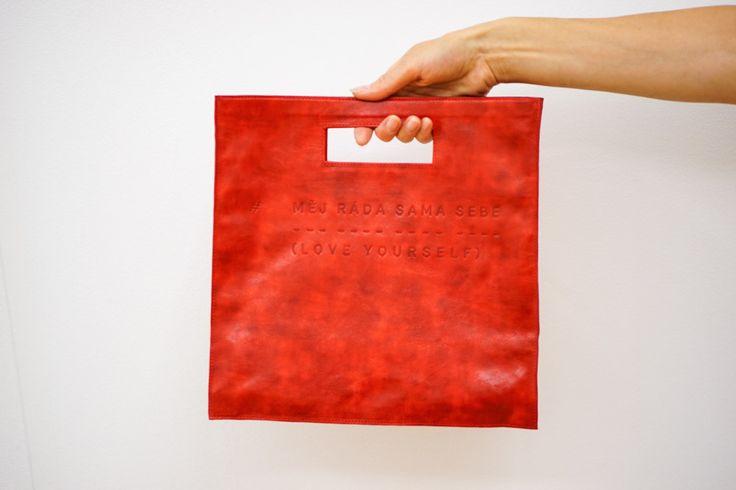 Lovely red handbag Měj ráda sama sebe - Love yourself by Lada Vyvialová I