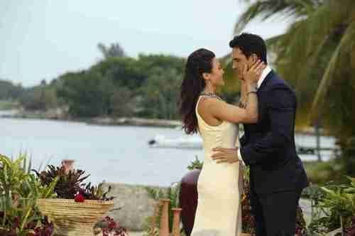 Andi Dorfman & Josh Murray Are Moving In Together! (VIDEO)