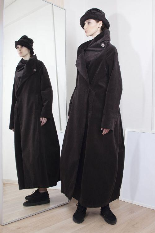 Lesel - Пальто трапеция велюр