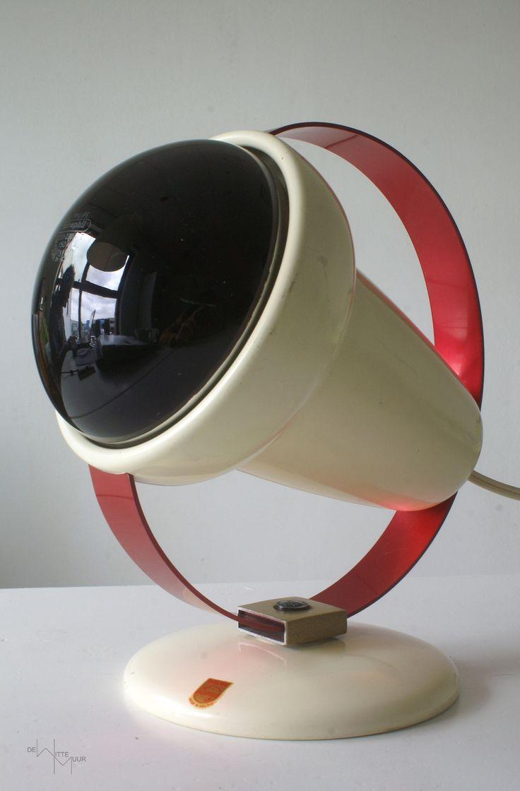 22 beste afbeeldingen over vintage design lampen op pinterest ruimteleeftijd vintage en. Black Bedroom Furniture Sets. Home Design Ideas