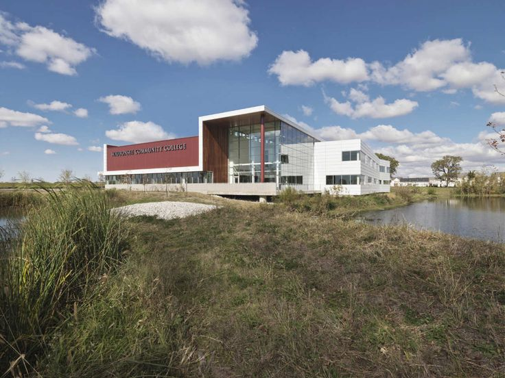 Waubonsee Community College Plano Classroom Building / Holabird & Root   ArchDaily