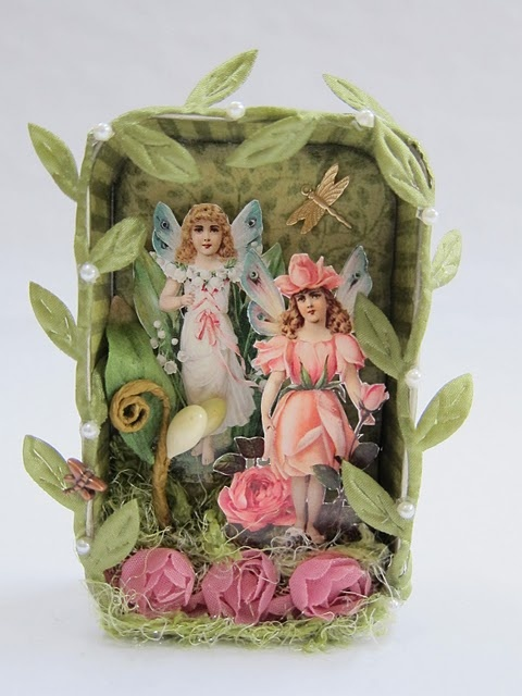 Altered Altoid tin: fairies