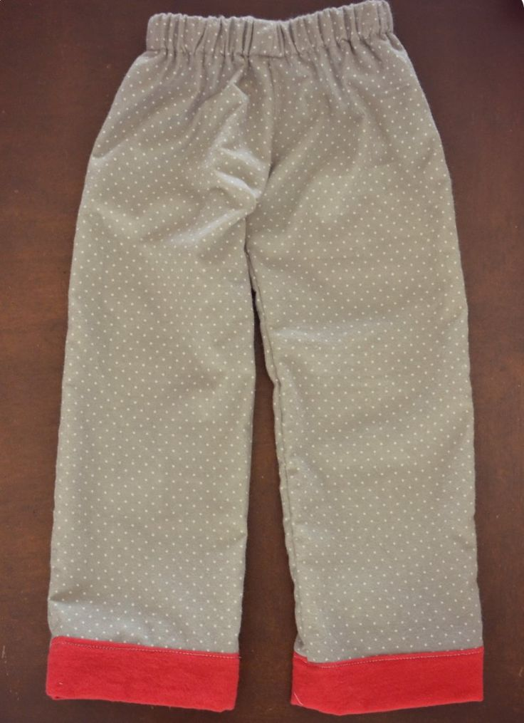 gemakkelijke pyjamabroek handleiding - grote stap voor stap instructies voor het naaien van elke omvang pyjamabroek zonder een patroon!  #sewing #pajama #pants
