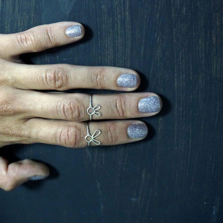"""Маленькие кольца """"зайки""""  отлично подойдут на фаланги, или у кого маленькие пальчики #ювелирные #драгоценности #украшения #украшение #ювелир #ювелирныеукрашения #ювелирныеизделия #ювелирнаябижутерия #бриллианты #бриллиант #камень #камни #кристаллы #кристалл #блеск #золото #золотая #золотой #серебро #красота #прекрасно #красиво #стиль #инстаукрашения #инстаграманет #инстатаг"""