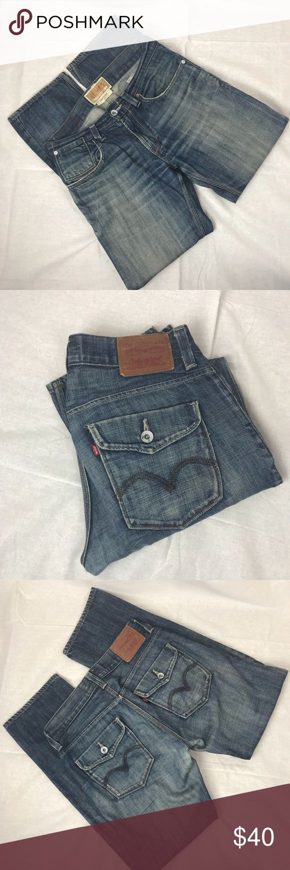 Men's Levi Retro Style Slim Straight 514 Jeans Nice pair of a classic icon! Men's Levi Retro Style Slim Straight 514 Jeans. 100% cotton. See photos and contact me with any questions prior to purchase. W31xL32 Levi's Jeans Slim Straight