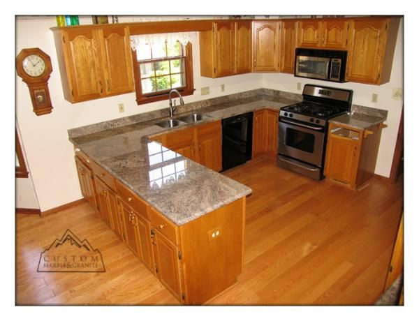 18 best granite colors for oak cabinets images on for Kitchen cabinets gold coast