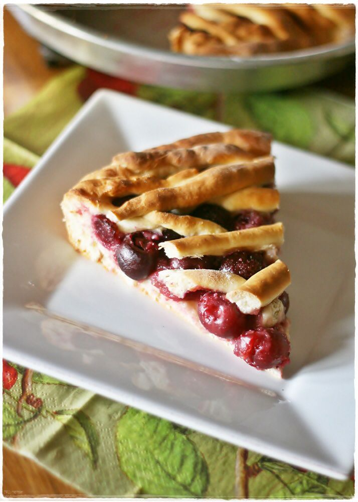 Kersenvlaai – Crostata di ciliegie olandese – Dutch cherry pie |