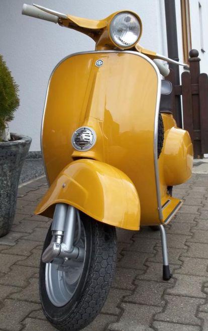 https://www.vespafarben.de/fotos/vespa-v50-max-meyer-giallo-positano-902/