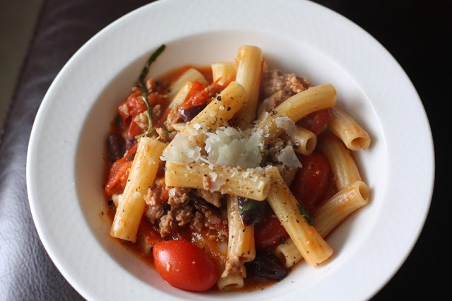 Sausage Rigatoni with Roasted Cherry Tomatoes and Kalamata Olives ...