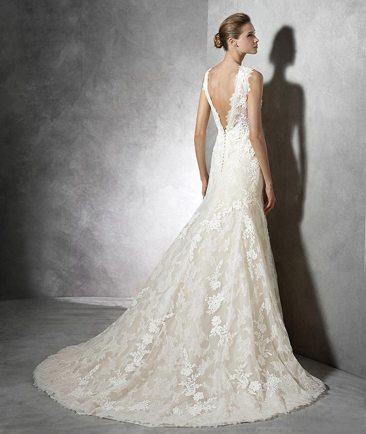 Style TERENCE 2016 PRONOVIAS Mermaid dress with strapless neckline and beige underlay. Lace. Strapless bodice and sheer overlay with bateau neckline. V back detail.