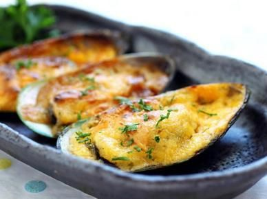 Baked seafood with cheese-mayo topping are perfect match made in food heaven.