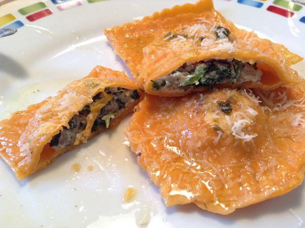 Ravioli mit Pilz-Spinat-Füllung