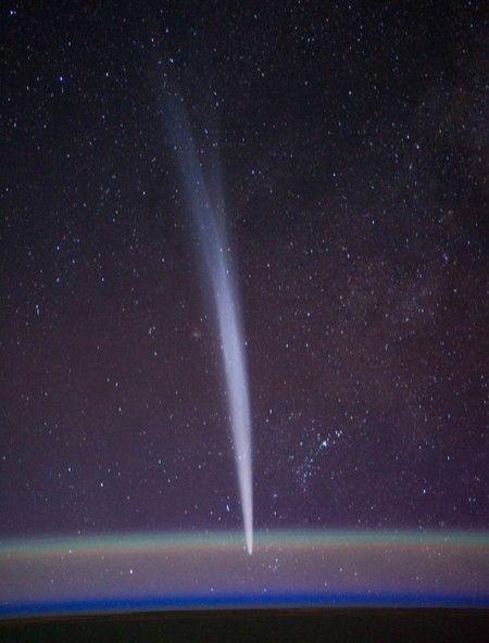 17 самых эффектных фотографий комет