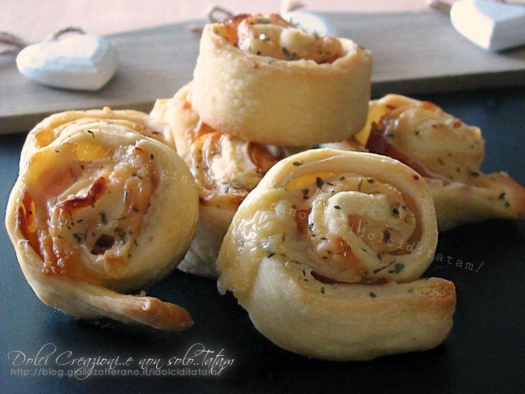 Girelle salate di pizza con mortadella e formaggio - video ricetta