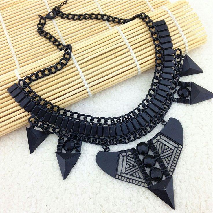 Amazing black necklace #necklace #black #dark