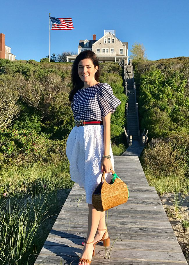 Sarah Vickers adventures in New England living, classic fashion, and travel.