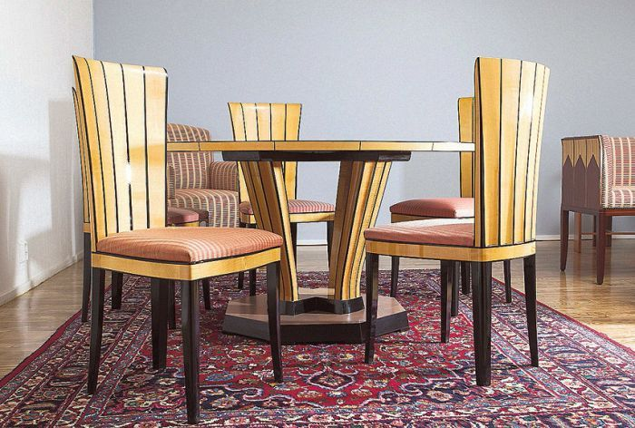 Furniture by Finnish designer Eliel Saarinen. Original upholstery pink dyed, hand woven horsehair.