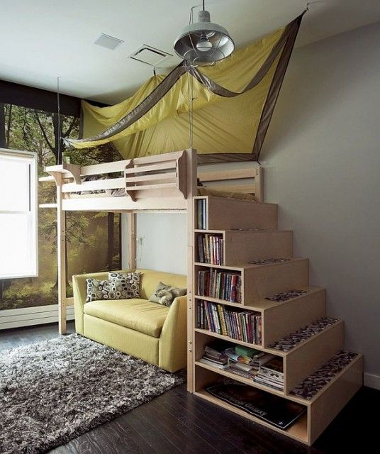 Multilevel Bed Design with Bookcase in Staircase