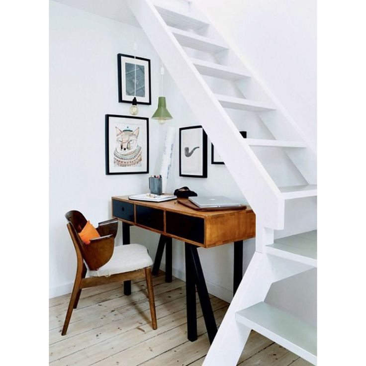 25 beste idee n over onder de trap op pinterest onder de trap opslag trap opslag en trap opslag - Office outs onder de trap ...