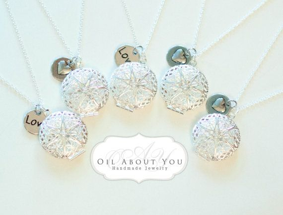 Wholesale Bulk Essential Oil Diffuser Necklace by OilAboutYou