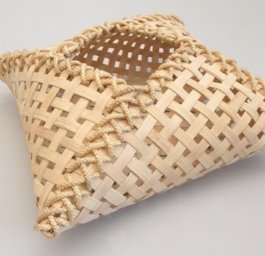 Bamboo pillow basket via Chicago Weaving School