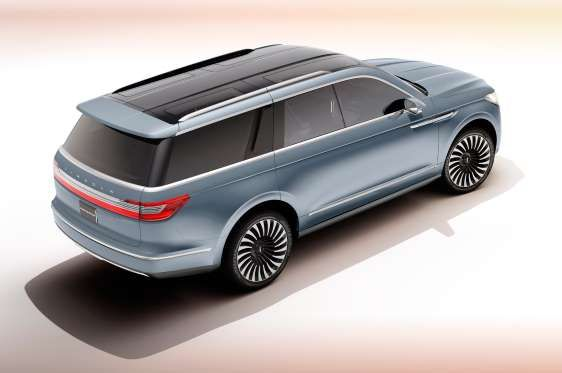Lincoln Navigator concept, New York Auto Show 2016. Provided by MotorTrend