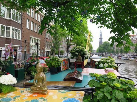 Houseboats rental Amsterdam