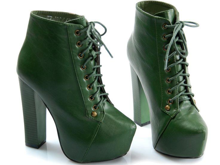 Velmi zajímavé boty pro ženy kladen na vysokou, ale velmi stabilní patě ve formě tyčí, která zaručuje pohodlnou chůzi.Další výhodou tohoto modelu je velká platforma, která významně snižuje výšku paty. Tento model se vyznačuje tradiční vazbou, která je hlavním výzdoba těchto bot. Ideální pro každou jaro? podzimu ženský styl. http://www.cosmopolitus.com/botki-platformie-20134-butelkowa-zielen-p-94740.html #boty #levne #propagace #vysoke #cerne #damske #zimní #bily #pes #lovci #podpatky