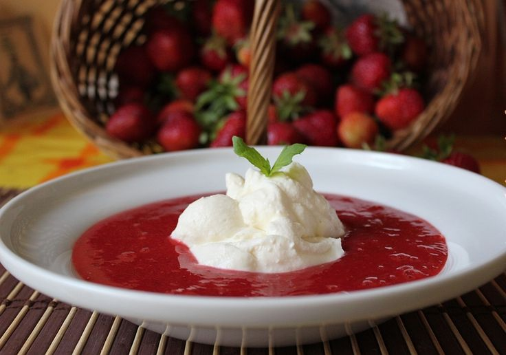 Кулинарные рецепты от Инны: Холодный борщ с малиной. Супы – польза для здоровья и похудения.