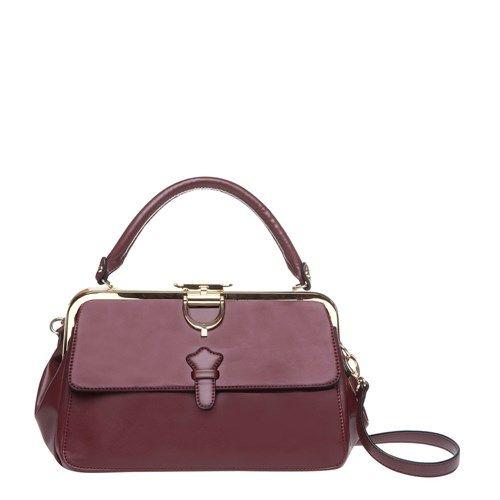 HAND-HELD ÇANTA 70'lerin modasını stilinize getiriyor! Bordo renginin yanı sıra siyah rengi de olan çanta vazgeçilmez parçanız olacak! Stilinizi tamamlayacak diğer parçalar için tıklayın >> http://www.mudo.com.tr/sezon-ozel-sezonun-renkleri_urunler-530?utm_source=pinterest.com&utm_medium=SM&utm_campaign=sezontrendleri#cp=1&tc=60