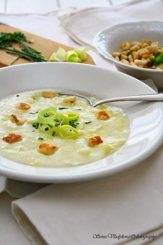 Unavená vařečka: Babiččina porková polévka.... má nejoblíbenější