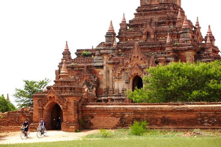 Experience 21: Go temple-bagging, by bike, in Bagan