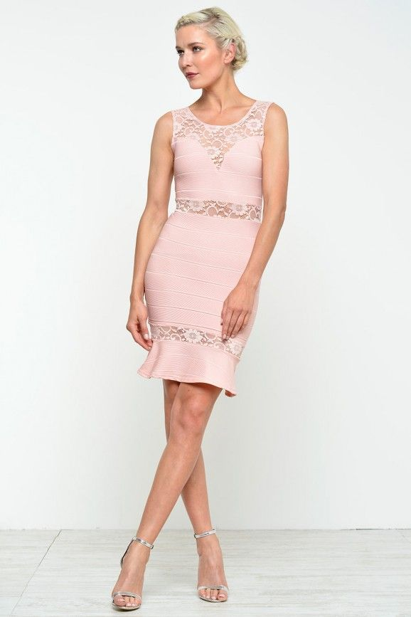 Ivy Contrast Lace Dress in Peach
