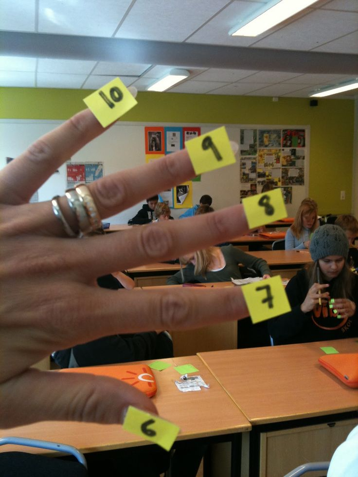 Cool finger trick to remember any multiplication fact for 6-10.  This really works!