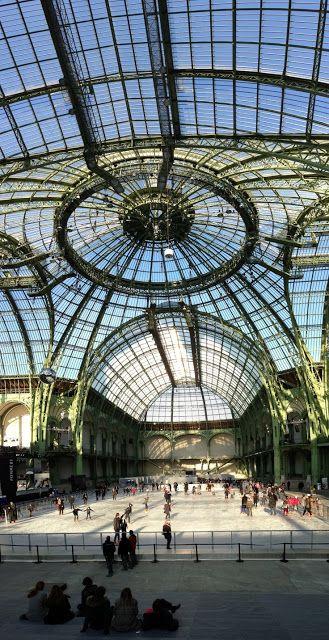 Patinoire au Grand Palais, décembre 2012, Paris