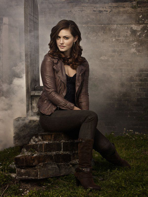 Phoebe Tonkin as Hayley on The Originals. | One More Reason to Watch The Originals: Lots of Shirtlessness! | POPSUGAR Entertainment