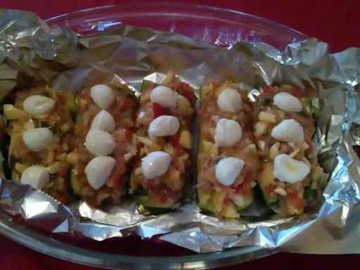 courgettes farcies au poulet et aux herbes - Recette de cuisine Marmiton : une recette