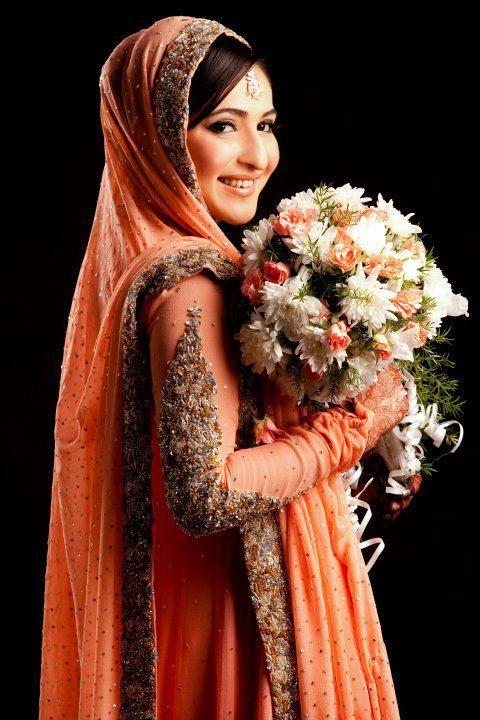 Pakistani Bridal Wear 5 http://womensfavourite.com/ways-for-picking-pakistani-bridal-outfit