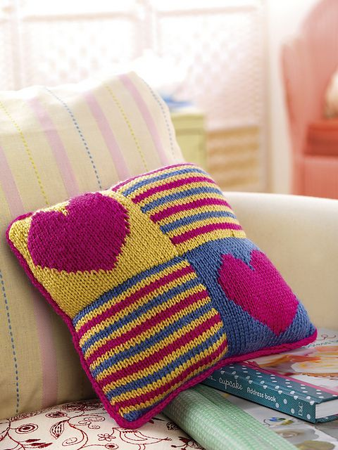 Knitted Heart Cushion Pattern : 55 best Cushions images on Pinterest
